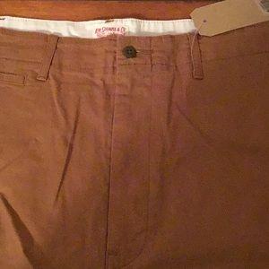 Levi Chino Shorts 502 Size 40 NWT
